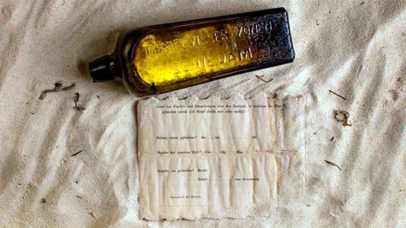Hallan el mensaje dentro de una botella más antiguo del mundo
