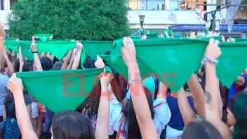 Esta tarde se realizará un pañuelazo en Paraná por el Derecho al Aborto Legal
