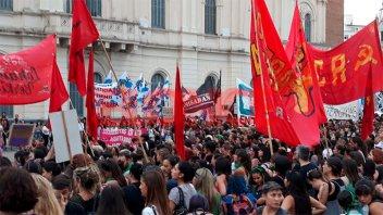 Paraná se sumó a la marcha por el Día Internacional de la Mujer