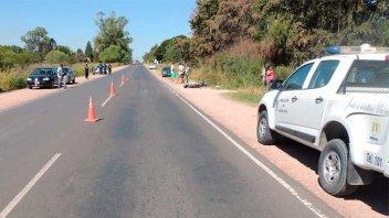 Una mujer perdió los dientes tras chocar su moto contra un auto