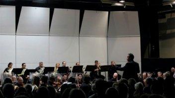 La Sinfónica rindió homenaje a artista entrerriana con un concierto