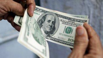 Fuerte baja del dólar: Cotiza por debajo de 39 pesos