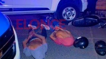 Tras rauda persecución detuvieron a dos jóvenes que habían cometido un arrebato