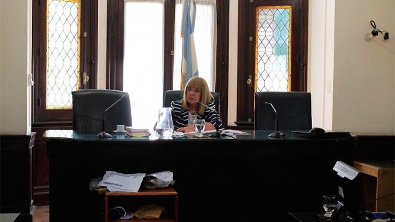 El juicio es presidido por la jueza Noemí Berros.-