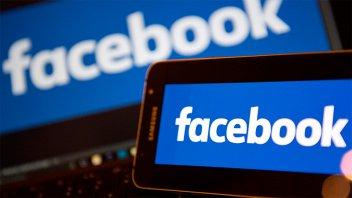 Un memorando filtrado aumenta la polémica en torno a Facebook