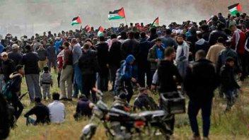 Quince palestinos muertos en marcha reprimida por el ejército israelí