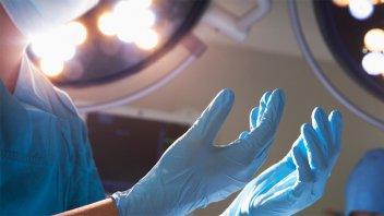 Impulsan proyecto de ley para regular la cirugía plástica