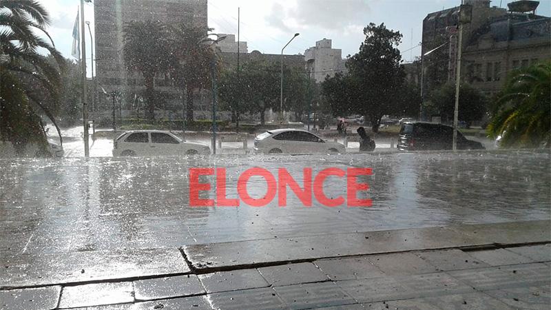 Ayer llovió mientras había sol en algunas zonas de Paraná.