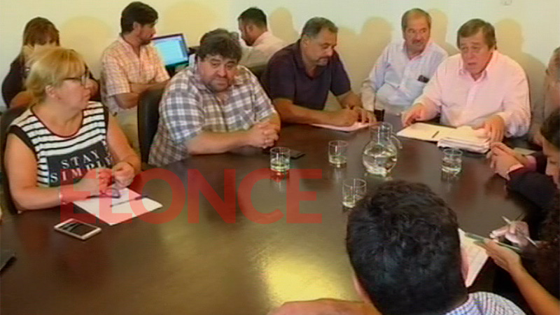 Algunos gremios considerarán propuesta del gobierno de Vidal — Paritaria provincial
