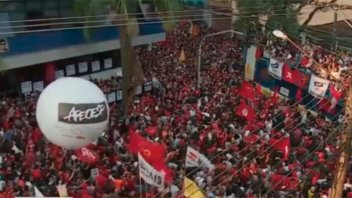 Venció el plazo para que Lula se presente ante la Policía