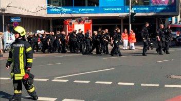Un vehículo atropelló a un grupo de personas en Münster, Alemania: hay muertos