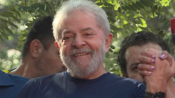 Lula, tras participar de misa por su esposa: