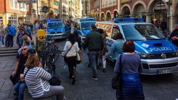 Alemania: Confirman tres muertos por furgoneta que atropelló a una multitud