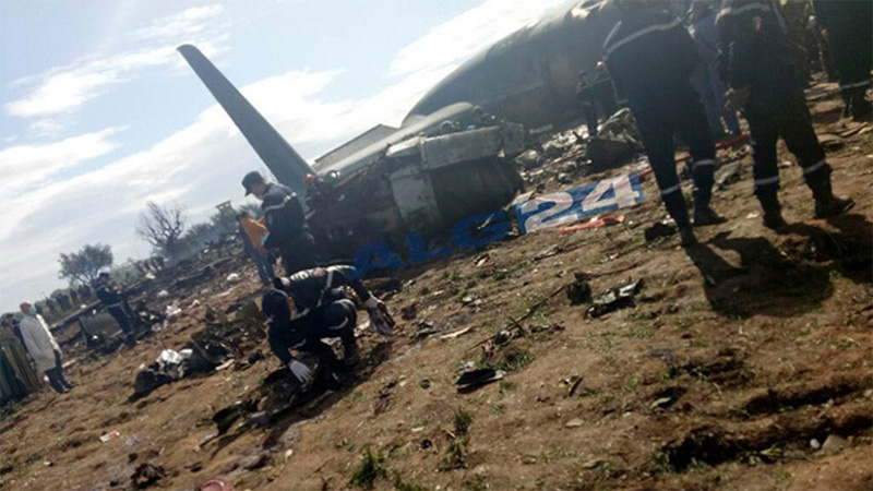 Más de 250 militares muertos por accidente de avión militar en Argelia