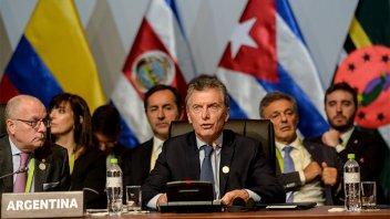 Tras el bombardeo a Siria, Macri condenó el uso de armas químicas