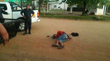 Vecinos y policía detuvieron a un arrebatador: se movilizaba junto a una mujer