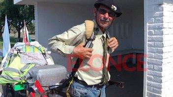 Pasó por Paraná un aventurero galés que quiere unir las tres Américas caminando