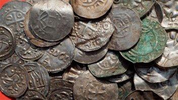 Chico de 13 años encontró un tesoro de más 1000 años de antigüedad