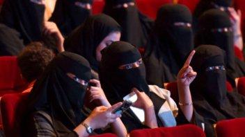 Luego de 35 años, Arabia Saudita reabrirá los cines