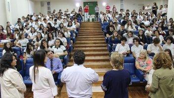 Alumnos secundarios participaron de una charla sobre educación sexual integral