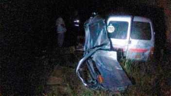 Comerciante murió al chocar con su camioneta la cabecera de un puente