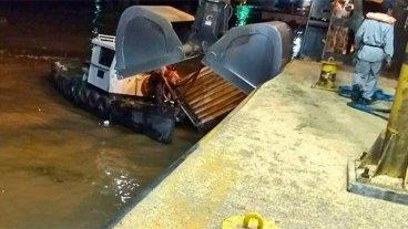 Choque de barco contra muelle