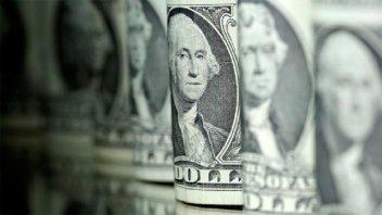 El dólar subió 6 centavos a $ 28,46 a la espera de la licitación de Lebac