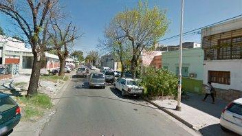 Asaltaron y apuñalaron a un hombre cerca del hospital San Martín
