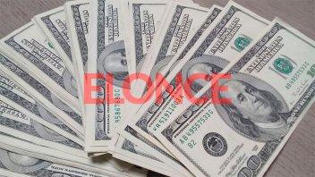 El dólar se mantiene estable en el día del megavencimiento de Lebac