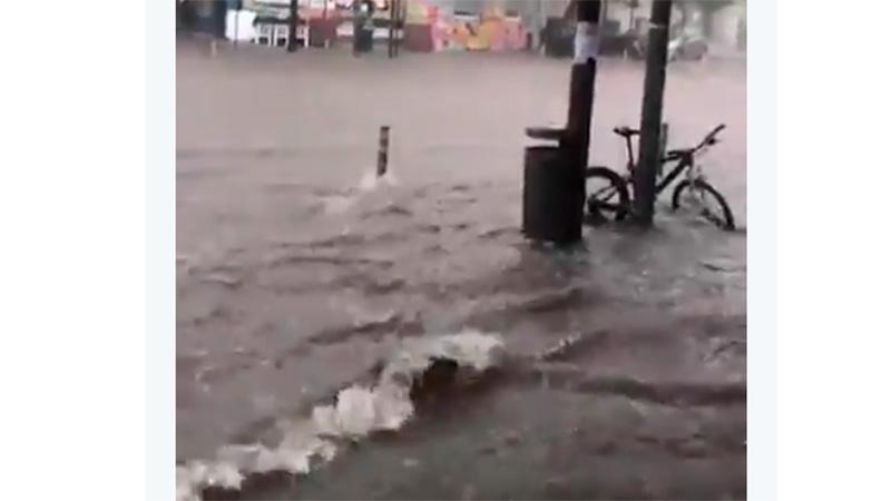 Rige alerta por fuertes tormentas y granizo en el centro del país