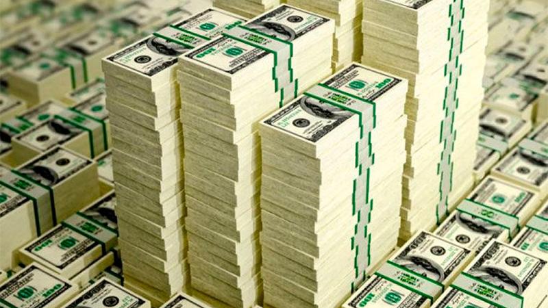 El dólar siguió en alza y superó los $23