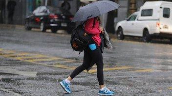 Advierten por tormentas fuertes con ráfagas y ocasional caída de granizo