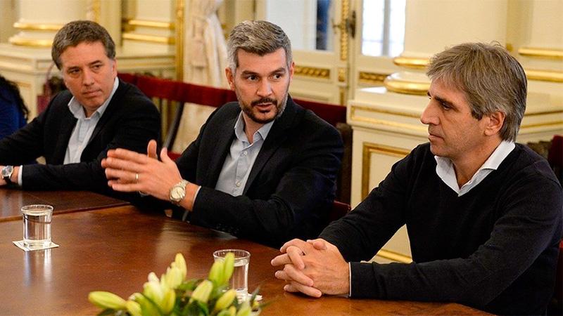 Marcos Peña, junto a Nicolas Dujovne (Hacienda) y Luis Caputo (Finanzas).