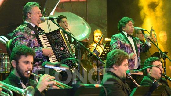 Reviví en imágenes el show de Los Palmeras en Paraná