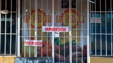 Clausuraron dos supermercados en Paraná