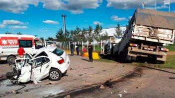 Choque dejó como saldo un muerto en Santa Fe: Impactantes imágenes