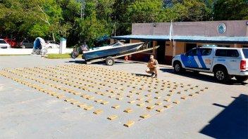Tras persecución en el río Paraná, incautaron más de 234 kilos de marihuana