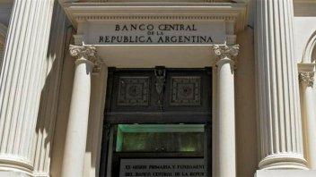 Banco Central: los préstamos en pesos al sector privado cayeron 5,3% en octubre