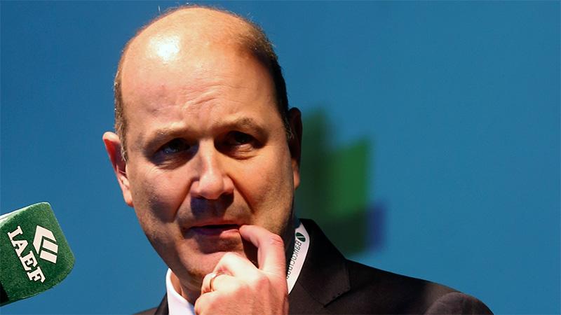 Sturzenegger avisó que las tasas de interés