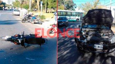Fotos: Dos autos chocaron en calle Moreno y dos motos en el Parque Urquiza