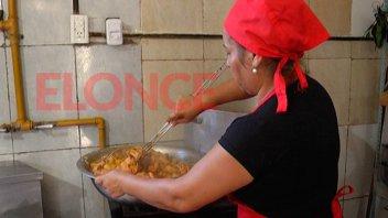 Más de 900 comedores escolares y comunitarios permanecerán abiertos en el verano