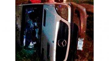 Terrible accidente del ex cantante de Ráfaga: volcó y cayó a un precipicio