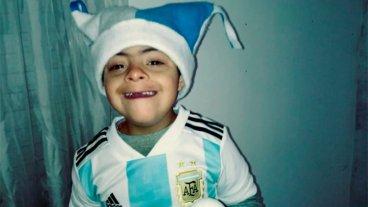 Conocé al niño que acompañará a la Selección en su primer partido del Mundial