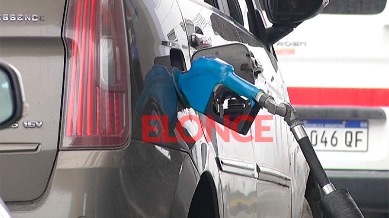 Desde hoy rige un nuevo aumento en los combustibles en Santiago - Economía