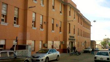 Trabajadores del Hospital Heras, en estado de asamblea por falta de insumos