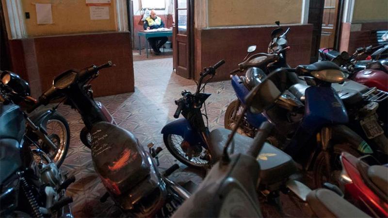 n las comisaría existen centenares de motos secuestradas