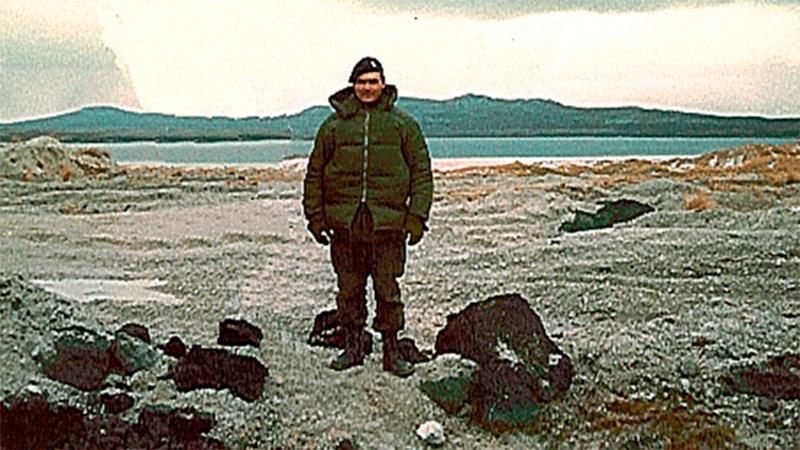 Llegaron al país los restos de un caído en Malvinas