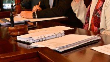 Promueven regular la situación del personal transitorio del HCD de Paraná