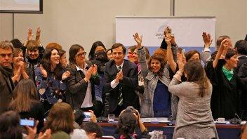 La despenalización del aborto tiene dictamen de mayoría y va camino a Diputados