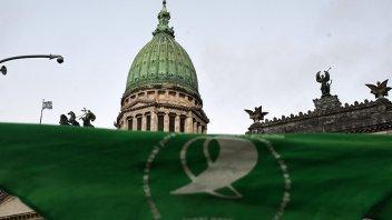 Aborto: Delegación de Paraná viajará para participar de la sesión en el Senado